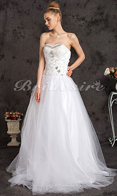 Ball Gown Floor-length Tulle Strapless Sweetheart Wedding Dress