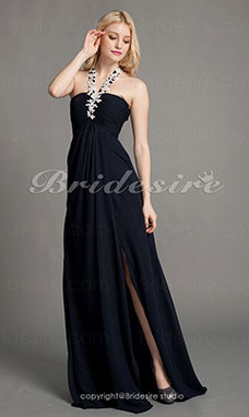 Sheath/Column Chiffon Sweep/Brush Train Halter Evening Dress