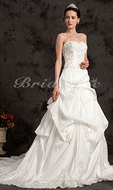 Ball Gown Taffeta Chapel Train Sweetheart Wedding Dress