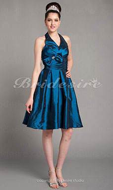 A-line Taffeta Knee-length Halter Bridesmaid Dress