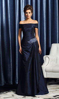 Sheath/Column Off-the-shoulder Sleeveless Taffeta Mother of the Bride Dress