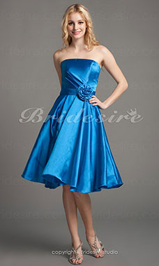 A-line Taffeta Short/Mini Princess Strapless Cocktail Dress