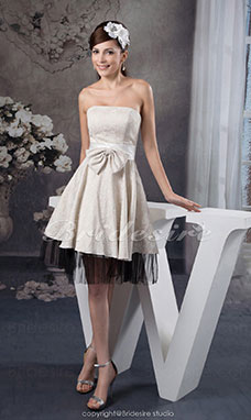A-line Strapless Knee-length Sleeveless Satin Tulle Bridesmaid Dress