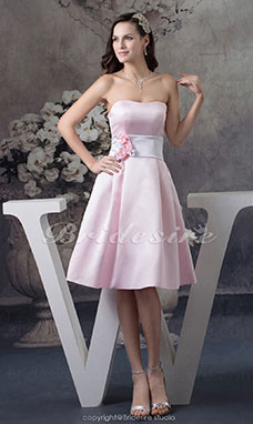 A-line Strapless Knee-length Sleeveless Satin Bridesmaid Dress
