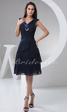 A-line V-neck Knee-length Sleeveless Chiffon Satin Dress