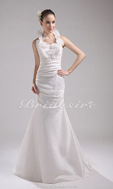 Trumpet/Mermaid Halter Sweep Train Sleeveless Taffeta Wedding Dress