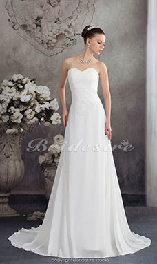 A-line Sweetheart Court Train Sleeveless Chiffon Wedding Dress