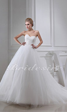 Ball Gown Sweetheart Chapel Train Sleeveless Tulle Wedding Dress