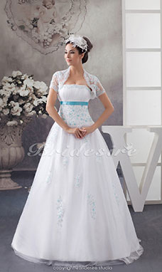 Ball Gown Strapless Floor-length Sleeveless Tulle Wedding Dress
