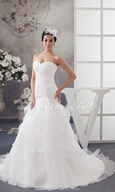 Trumpet/Mermaid Sweetheart Chapel Train Sleeveless Organza Wedding Dress