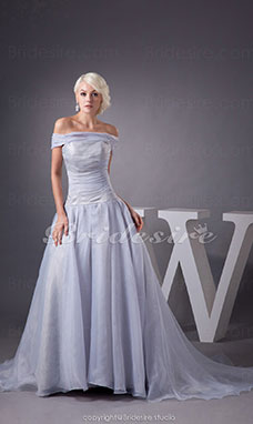 A-line Off-the-shoulder Chapel Train Sleeveless Organza Dress