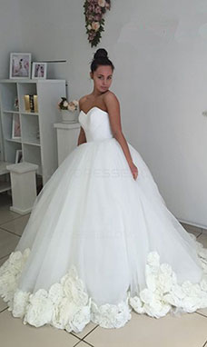 Ball Gown Sweetheart Sleeveless Organza Wedding Dress