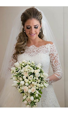 A-line Scalloped-Edge Long Sleeve Lace Wedding Dress