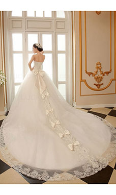Ball Gown Strapless Sleeveless Tulle Wedding Dress