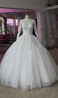 Ball Gown Scalloped-Edge Long Sleeve Tulle Wedding Dress