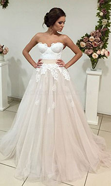 A-line Strapless Sleeveless Tulle Wedding Dress