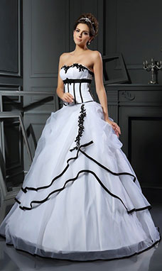 Ball Gown Sweetheart Sleeveless Satin Wedding Dress