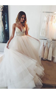 Ball Gown Spaghetti Straps Sleeveless Tulle Wedding Dress