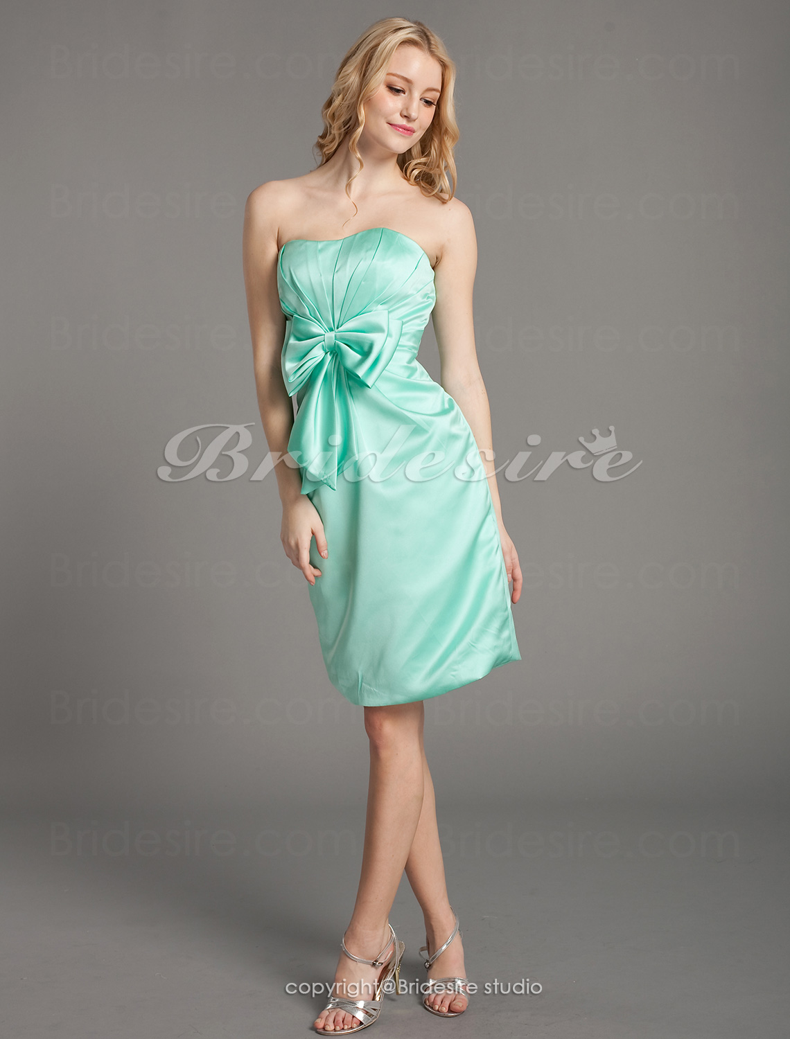 Sheath/ Column Side-Draped Satin Short/ Mini Sweetheart Bridesmaid Dress
