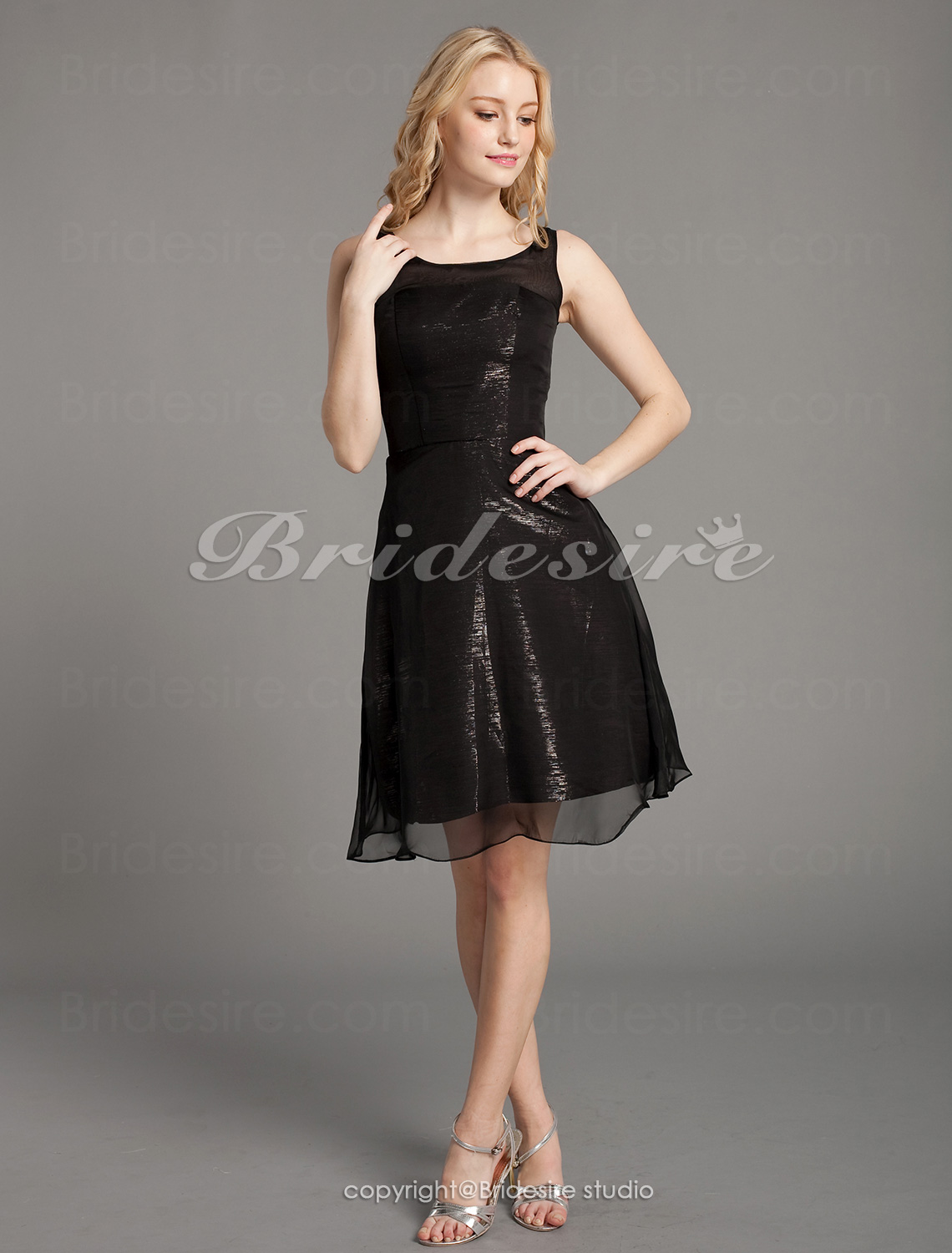 A-line Knee-length Straps Satin Chiffon Cocktail Dress