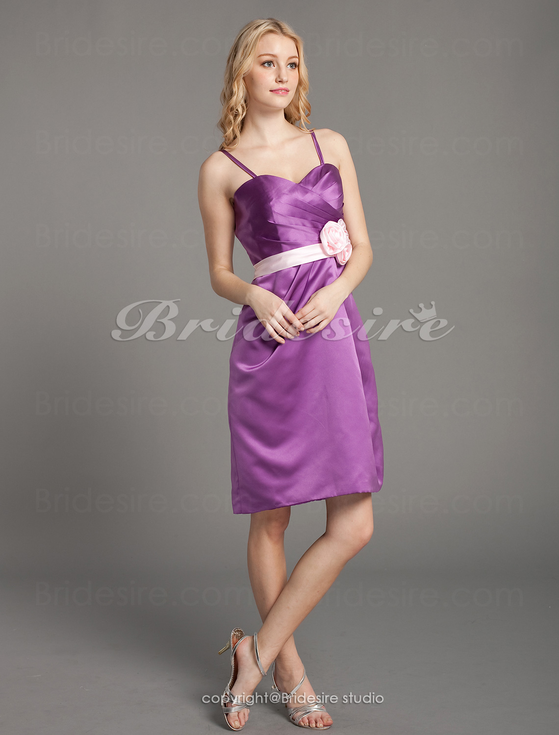 A-line Knee-length Sweetheart Cute Satin Bridesmaid Dress with Removale Straps