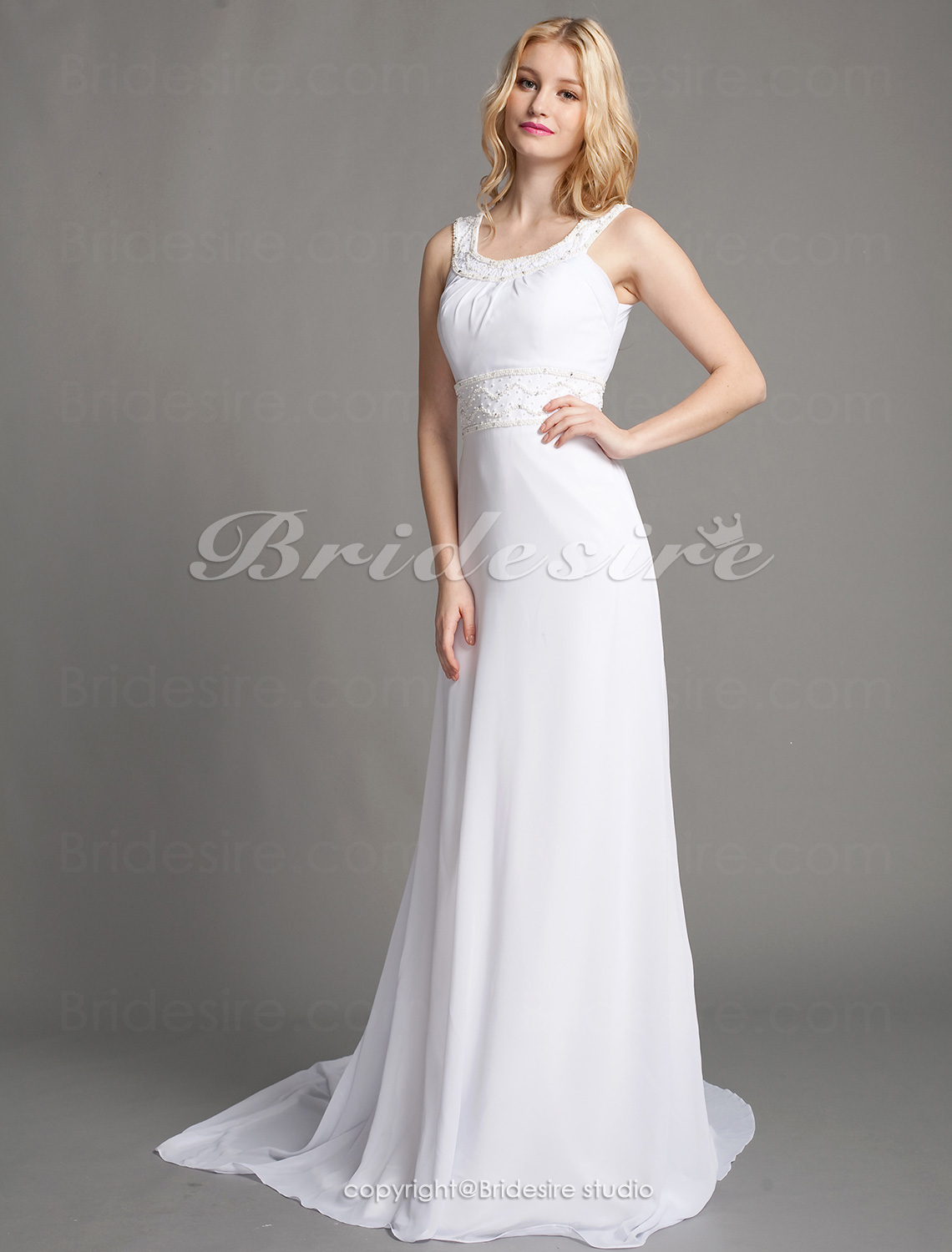 Sheath/Column Chiffon Court Train Scoop Wedding Dress