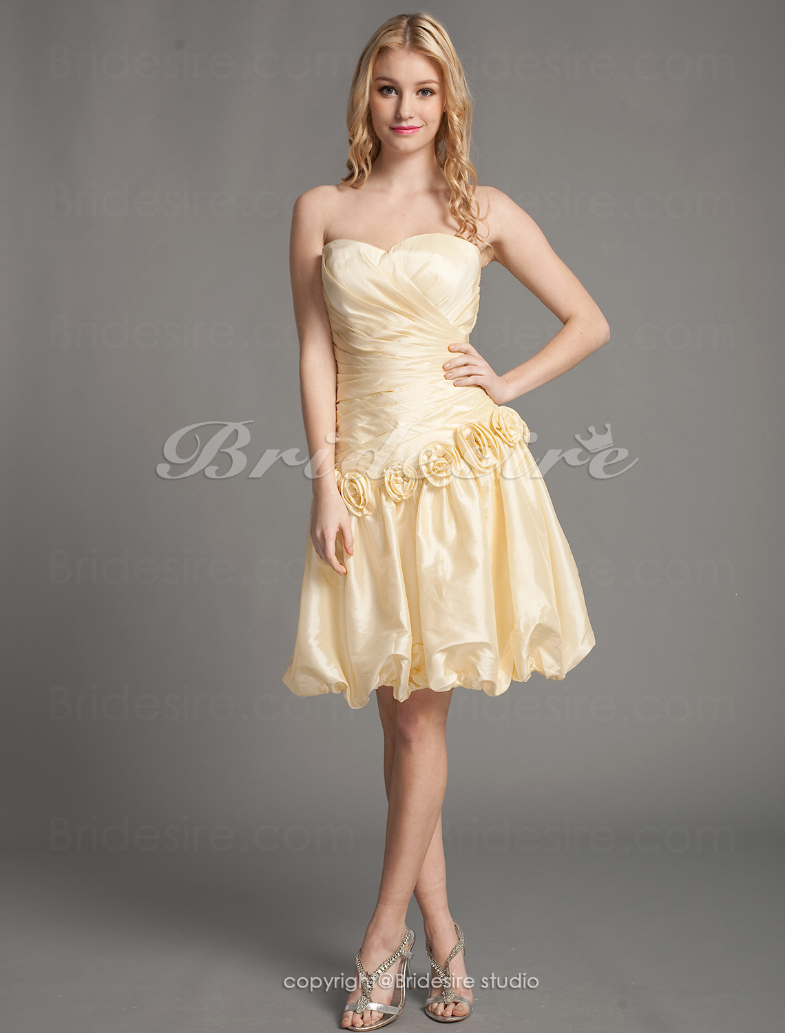 A-line Taffeta Short Mini Sweetheart Wedding Dress