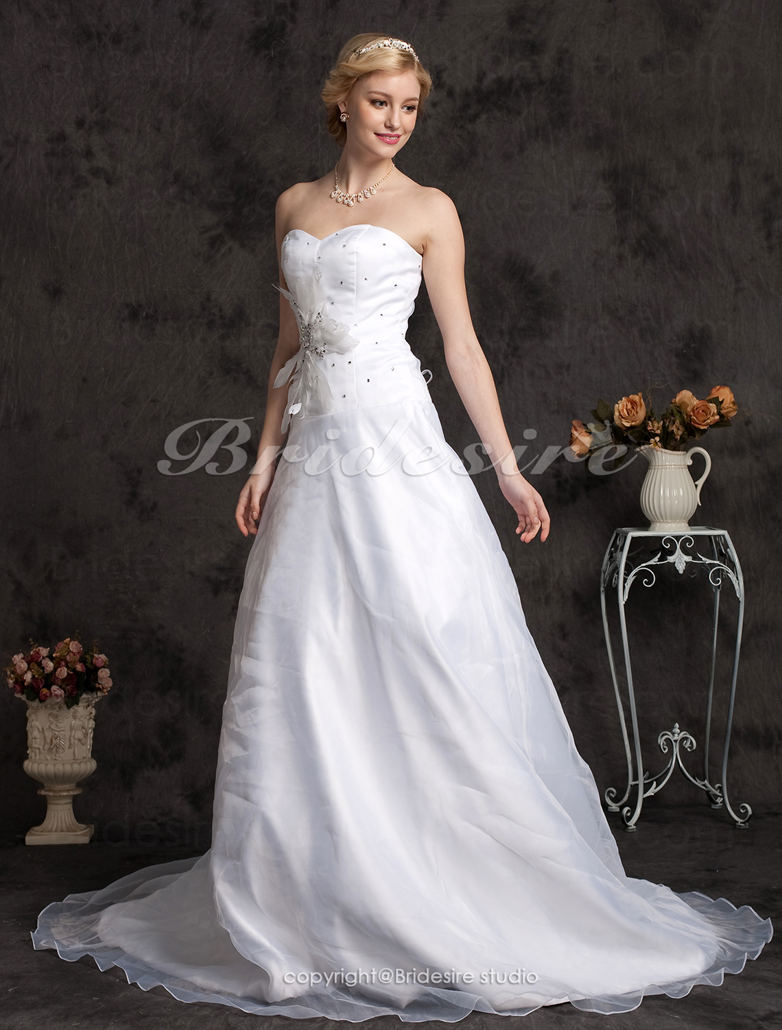 A-line Sweetheart Princess Organza Chapel Train Wedding Dress