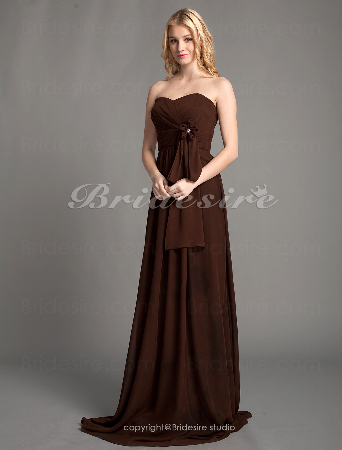 A-line Chiffon Floor-length Sweetheart Bridesmaid Dress with Removale Straps