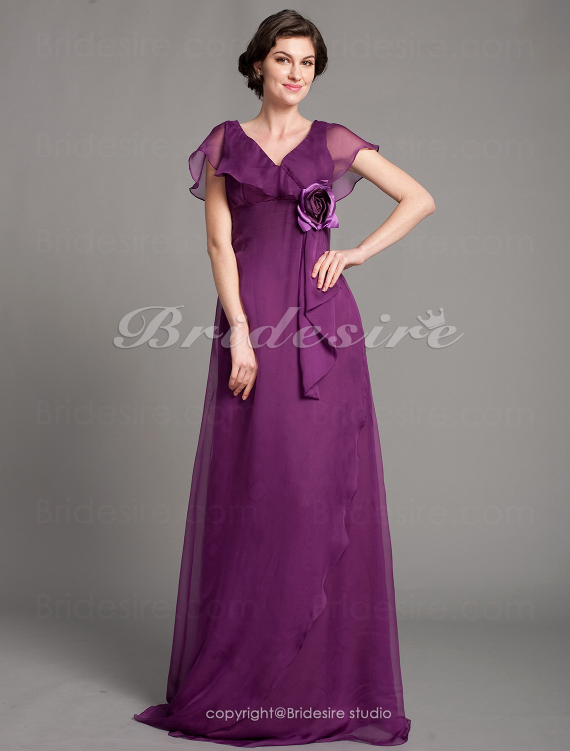 A-line Chiffon V-neck Floor-length Short Sleeve Mother of the Bride Dress