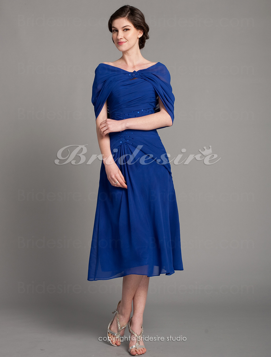 Sheath/ Column Chiffon Tea-length Sweetheart Mother of the Bride Dress With A Wrap