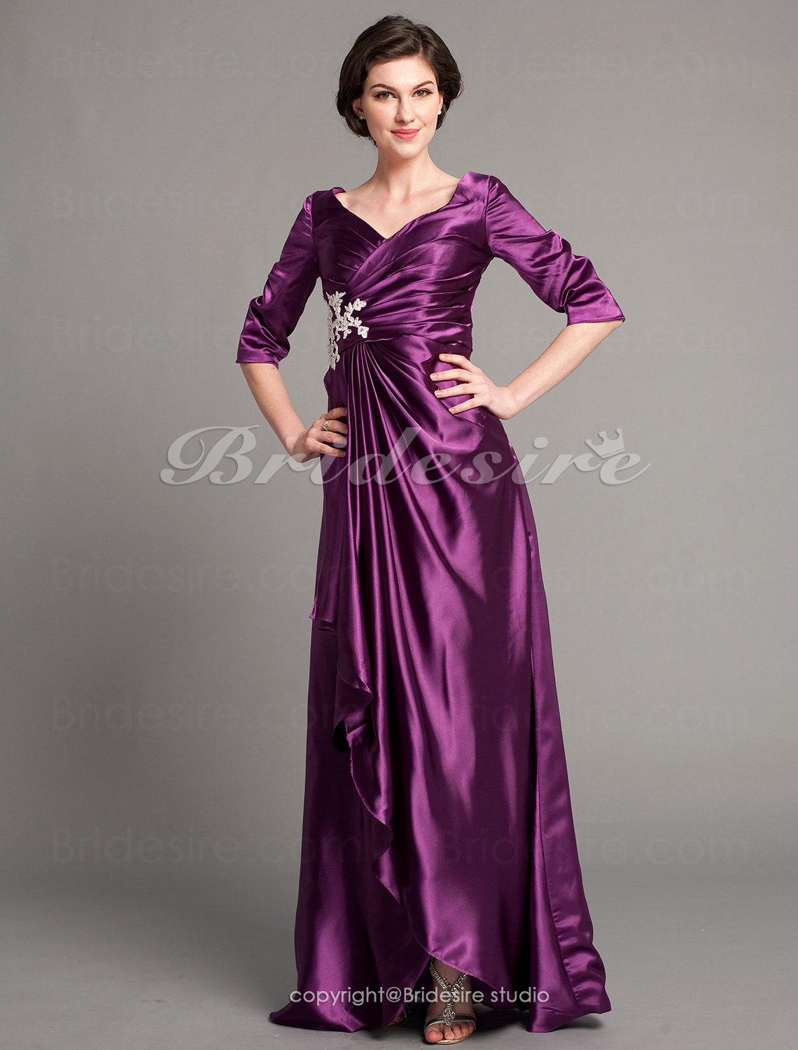 Sheath/Column Satin Chiffon Floor-length V-neck Mother of the Bride Dress