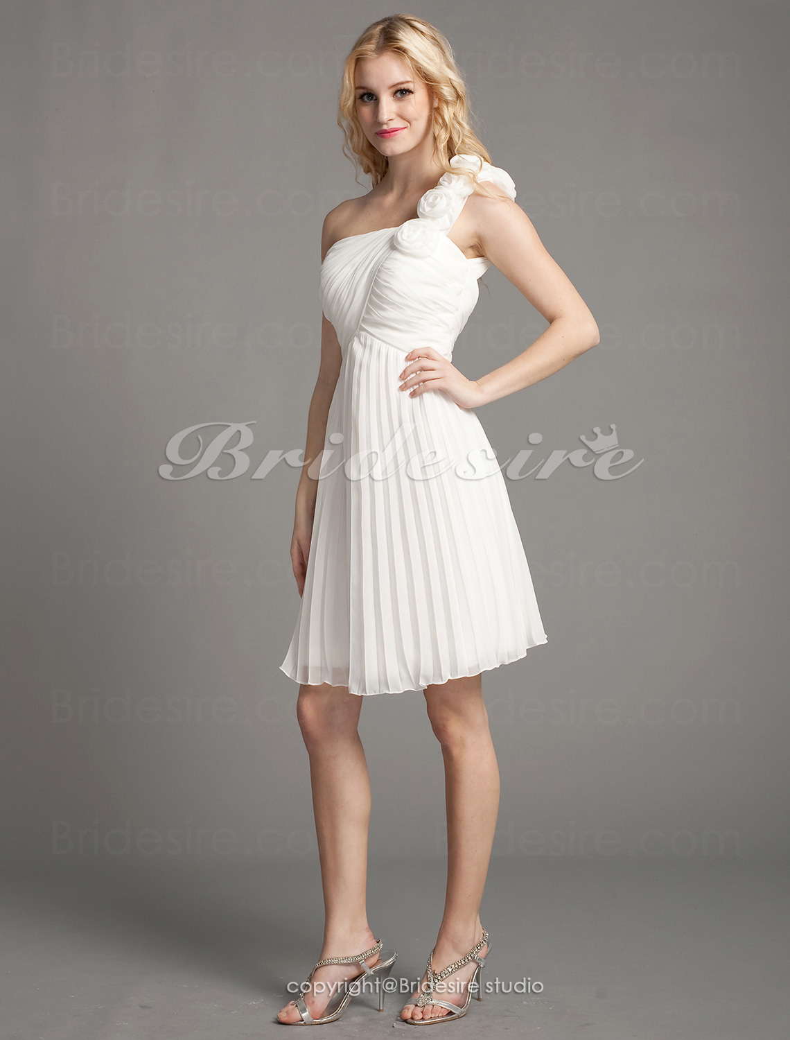 A-line Chiffon Knee-length One Shoulder Cocktail Dress