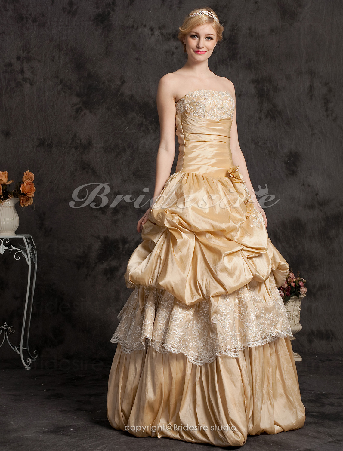 Ball Gown Taffeta Floor-length Strapless Evening Dress