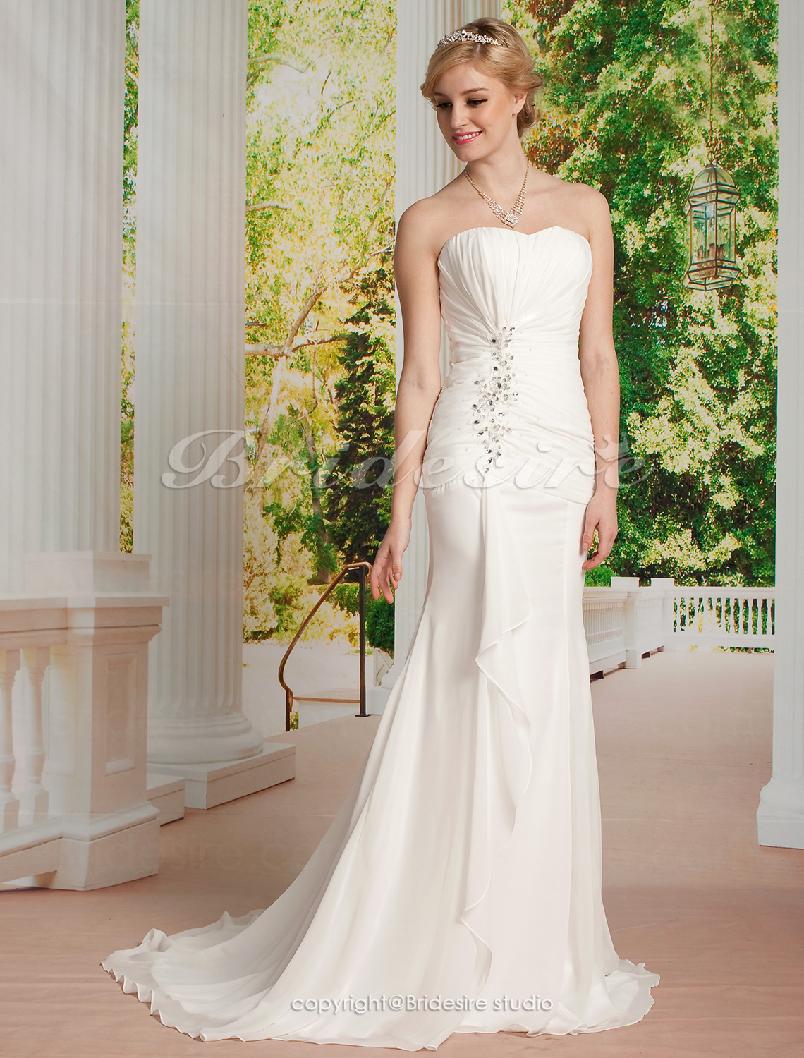 Sheath/Column Chiffon Sweetheart Court Train Strapless Wedding Dress