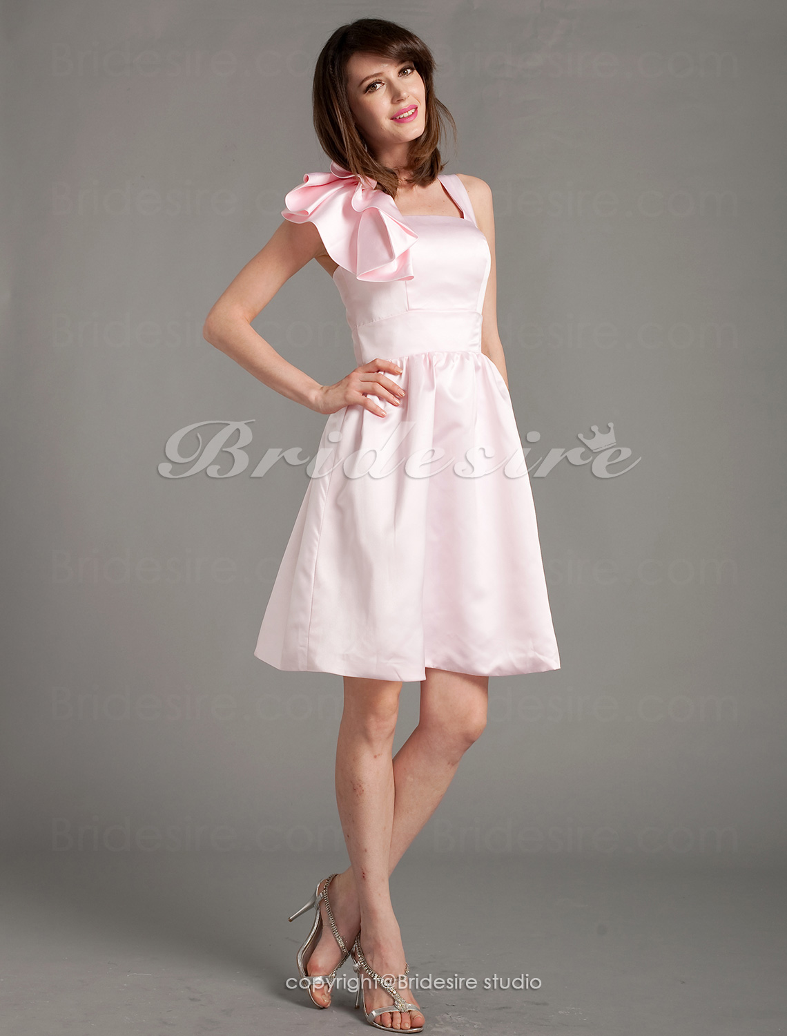 A-line Satin Knee-length Straps Bridesmaid Dress
