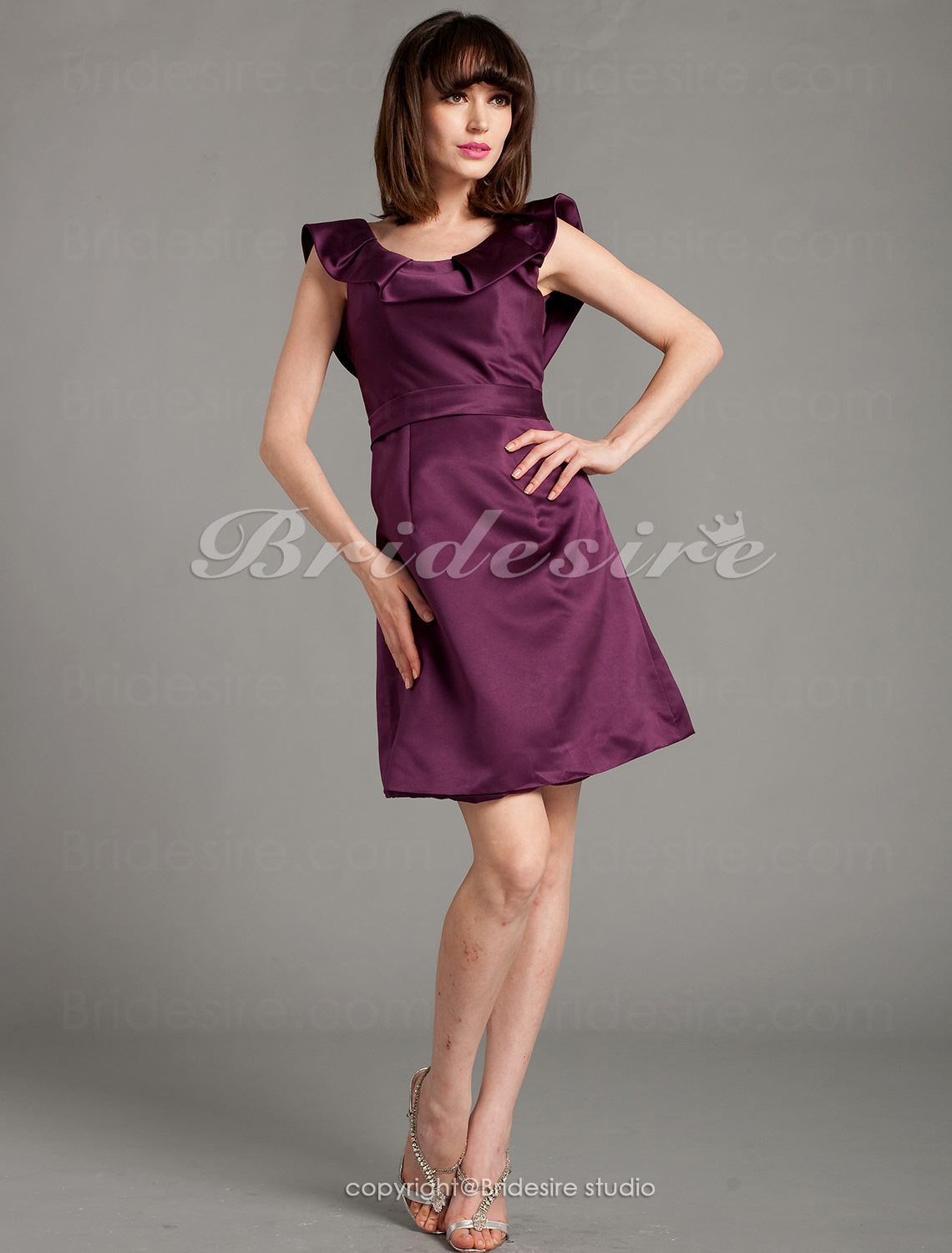 A-line Satin Knee-length Scoop Bridesmaid Dress