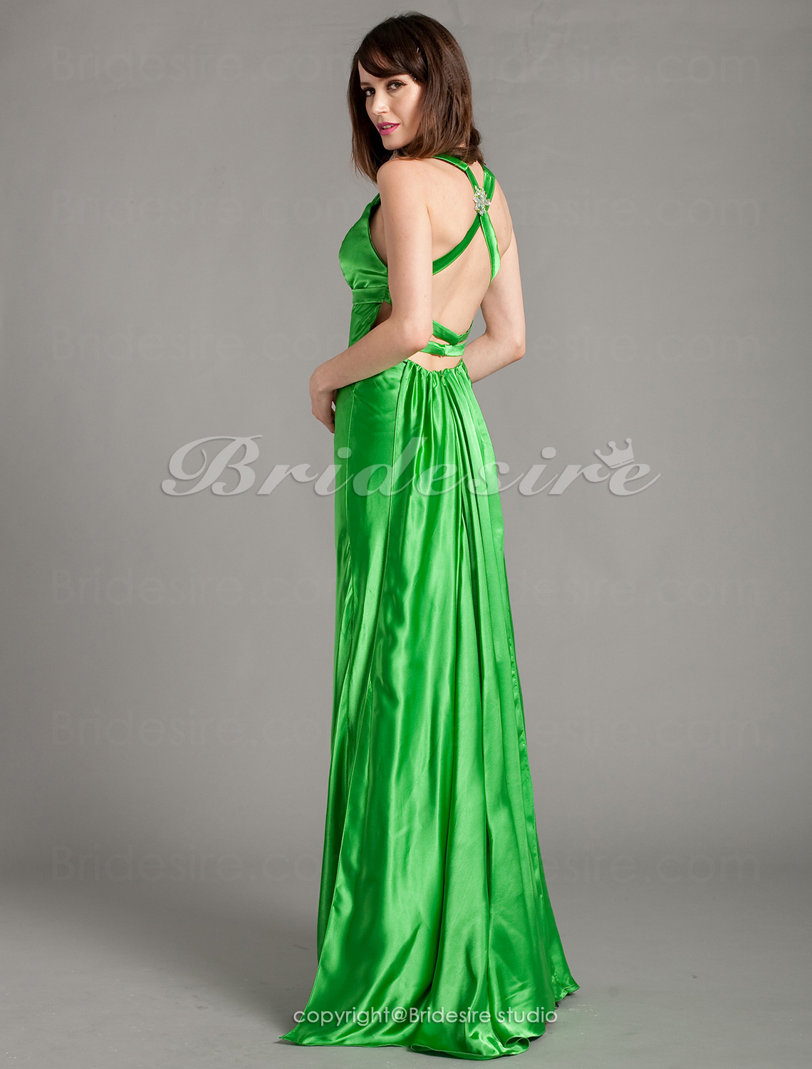 Sheath/Column Floor-length V-neck Crystal Brooch Stretch Satin Evening Dress