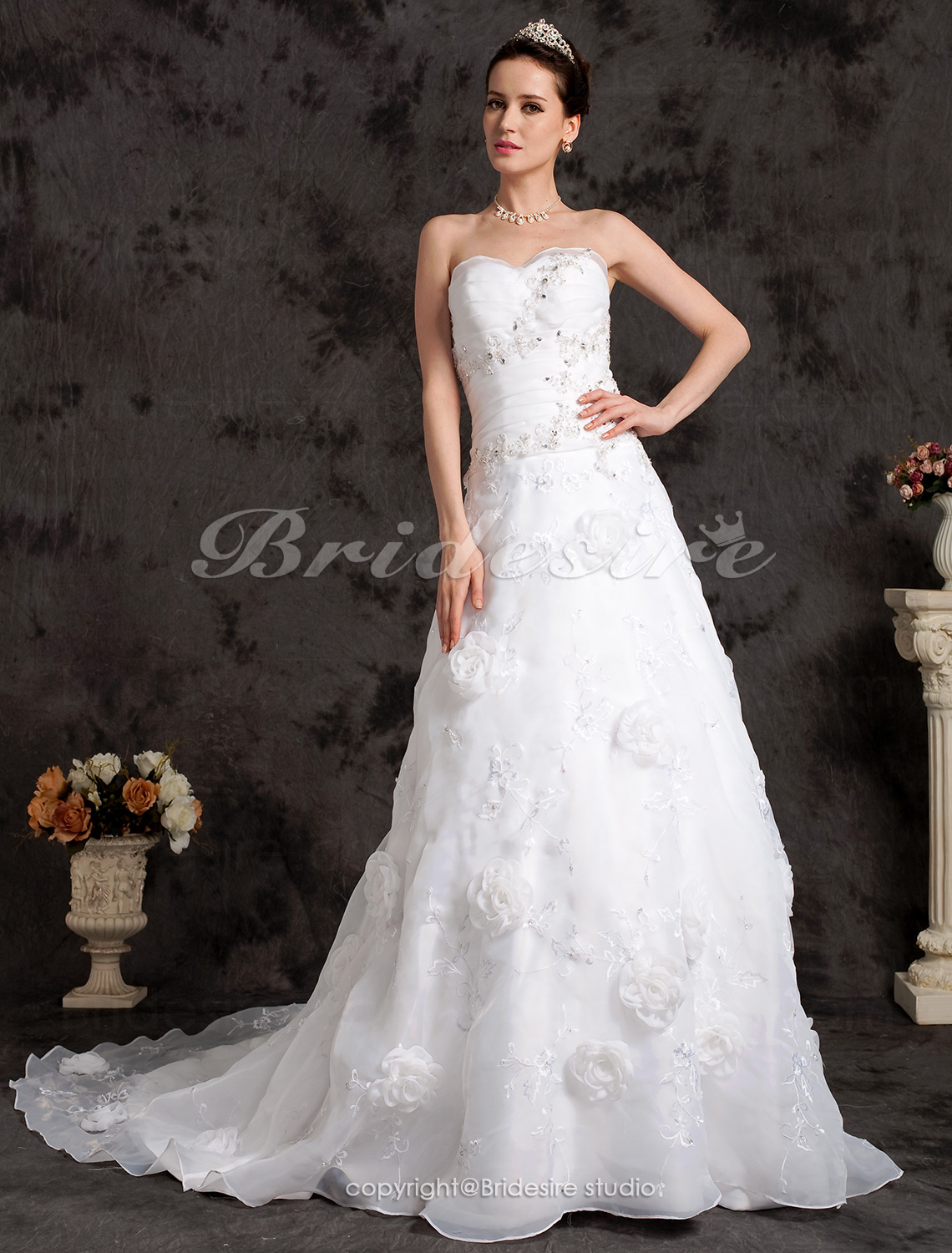 A-line Organza Strapless Chapel Train Sweetheart Wedding Dress