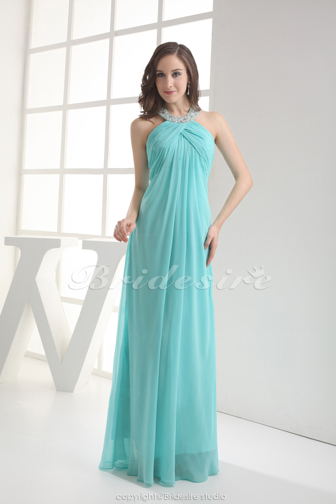 sheath/column halter floor-length sleeveless chiffon bridesmaid dress