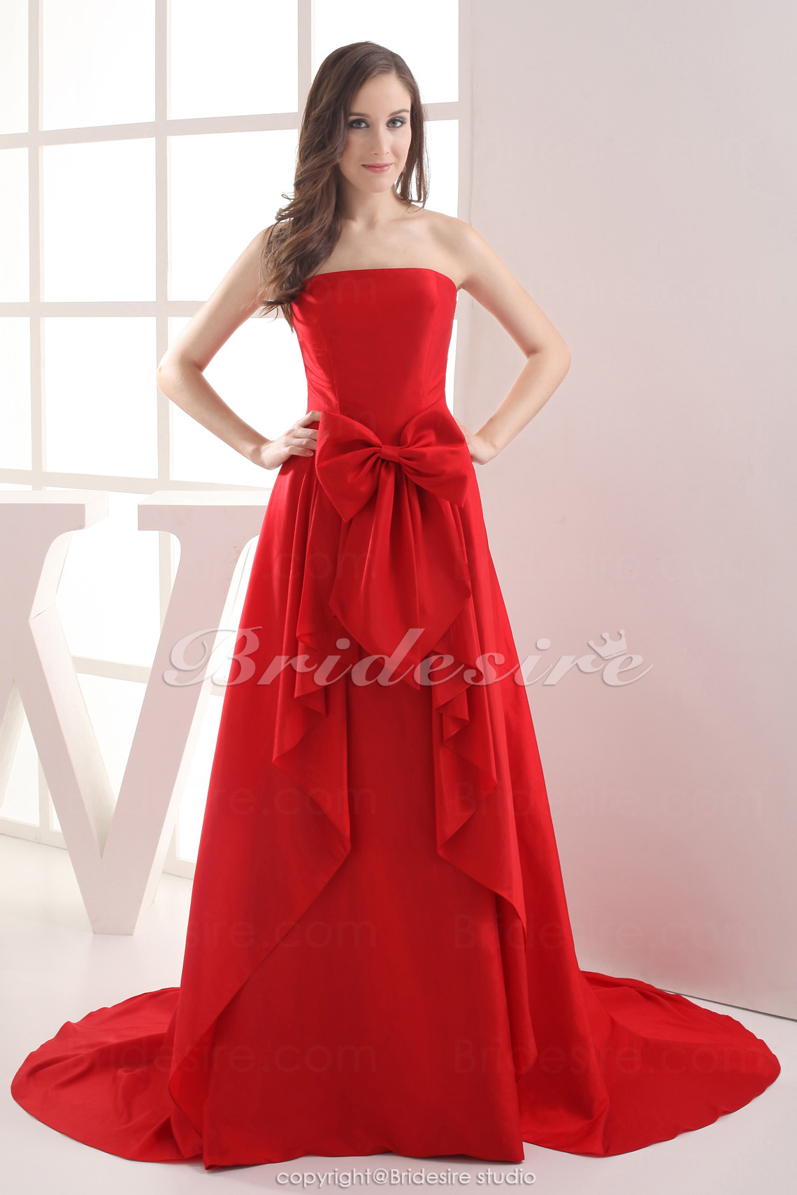 A-line Strapless Chapel Train Sleeveless Taffeta Dress