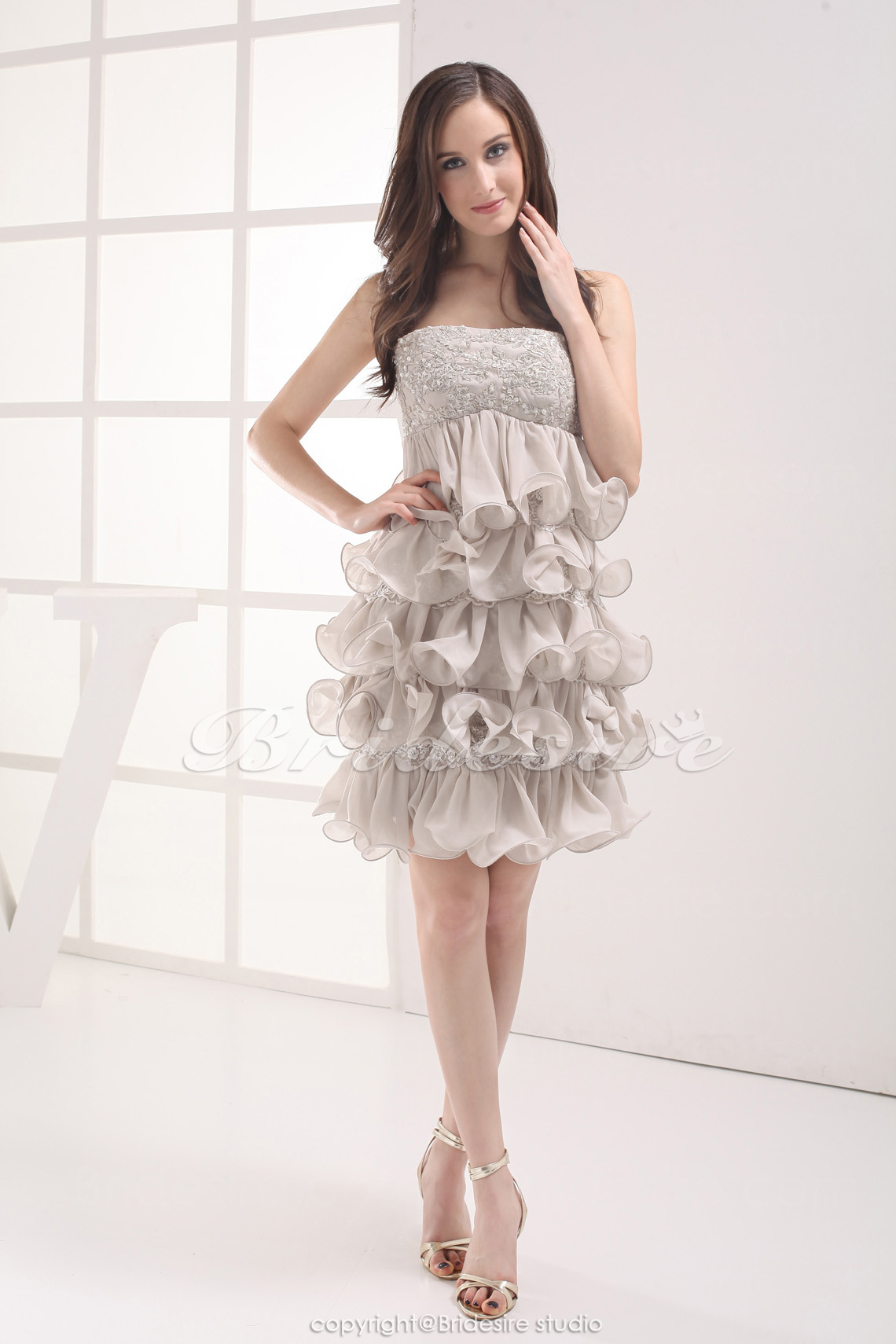 A-line Strapless Short/Mini Sleeveless Lace Chiffon Dress