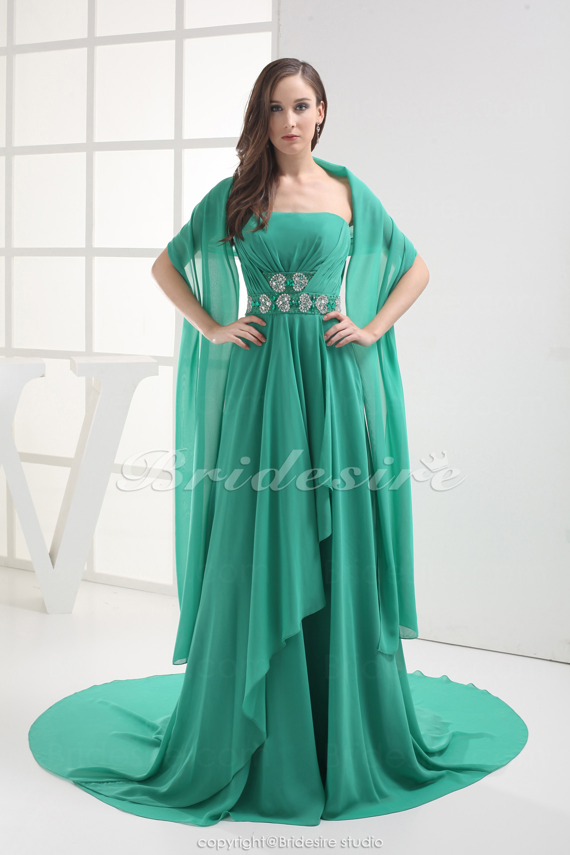 Sheath/Column Strapless Sweep Train Sleeveless Chiffon Dress