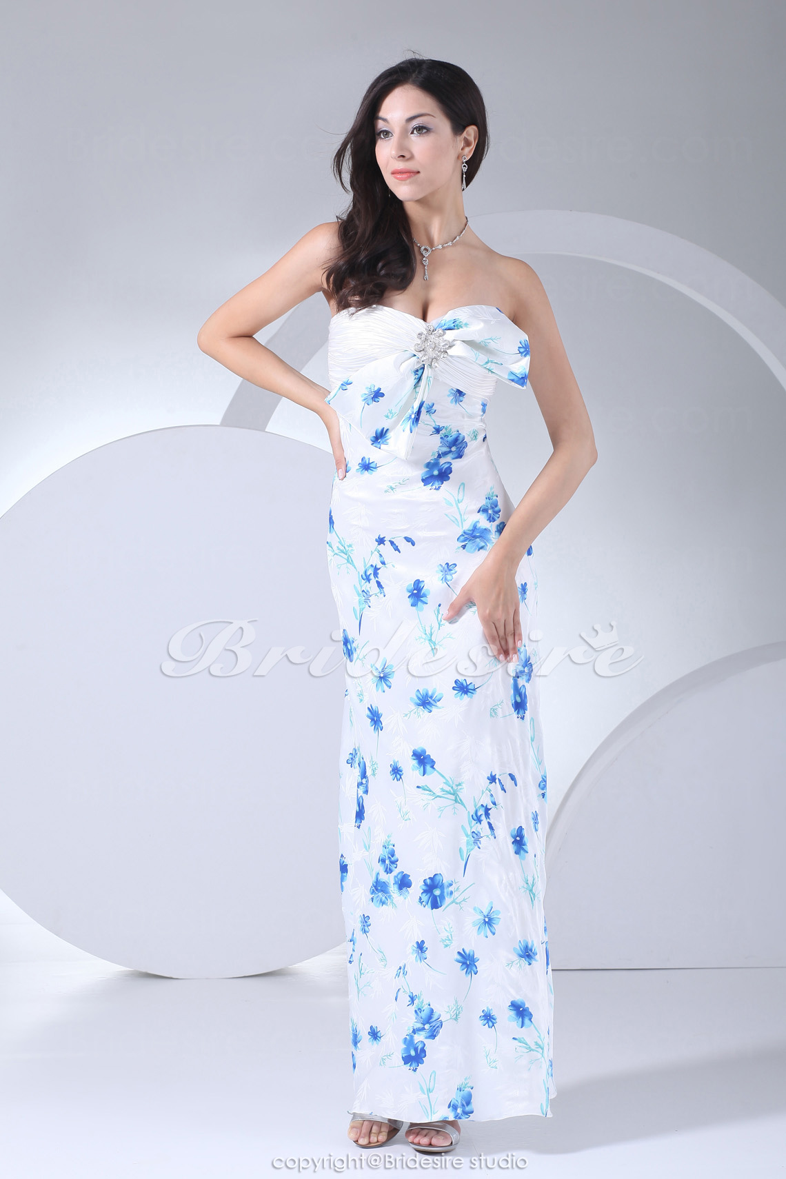 Sheath/Column Sweetheart Floor-length Sleeveless Stretch Satin Dress