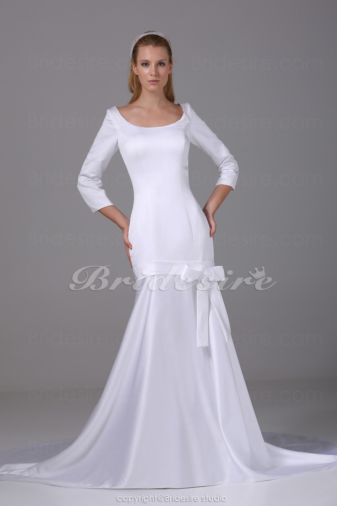 Trumpet/Mermaid Scoop Chapel Train 3/4 Length Sleeve Satin Wedding Dress