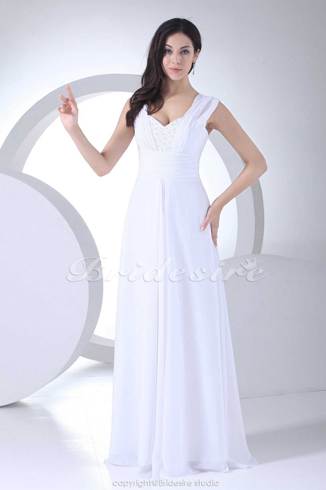 Sheath/Column Sweetheart Floor-length Sleeveless Chiffon Wedding Dress