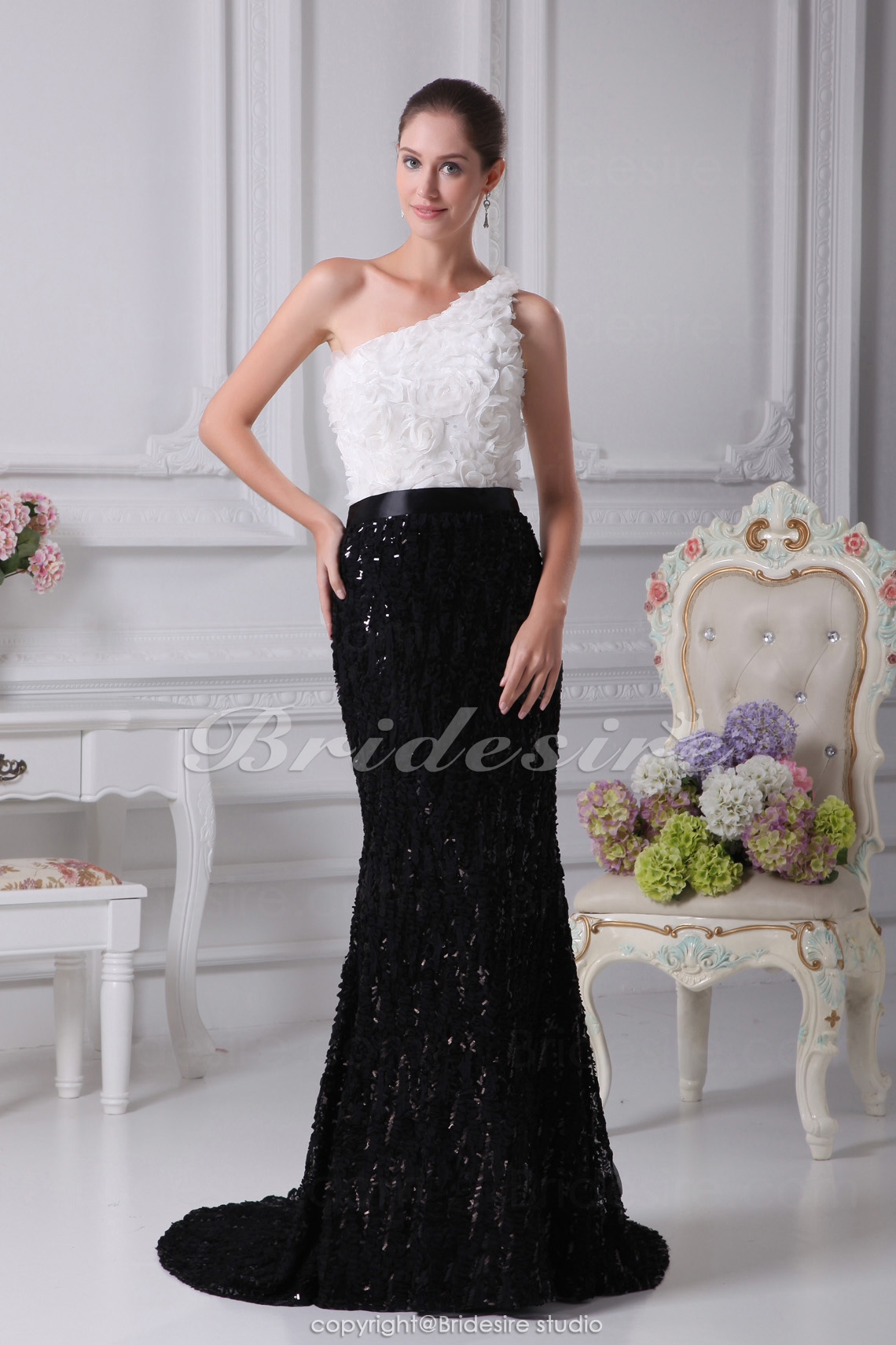 Trumpet/Mermaid One Shoulder Court Train Sleeveless Sequined Chiffon Dress