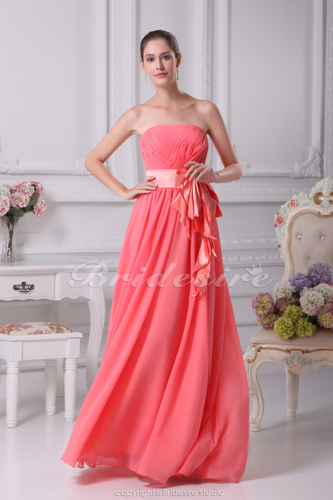 Sheath/Column Strapless Floor-length Sleeveless Chiffon Stretch Satin Bridesmaid Dress