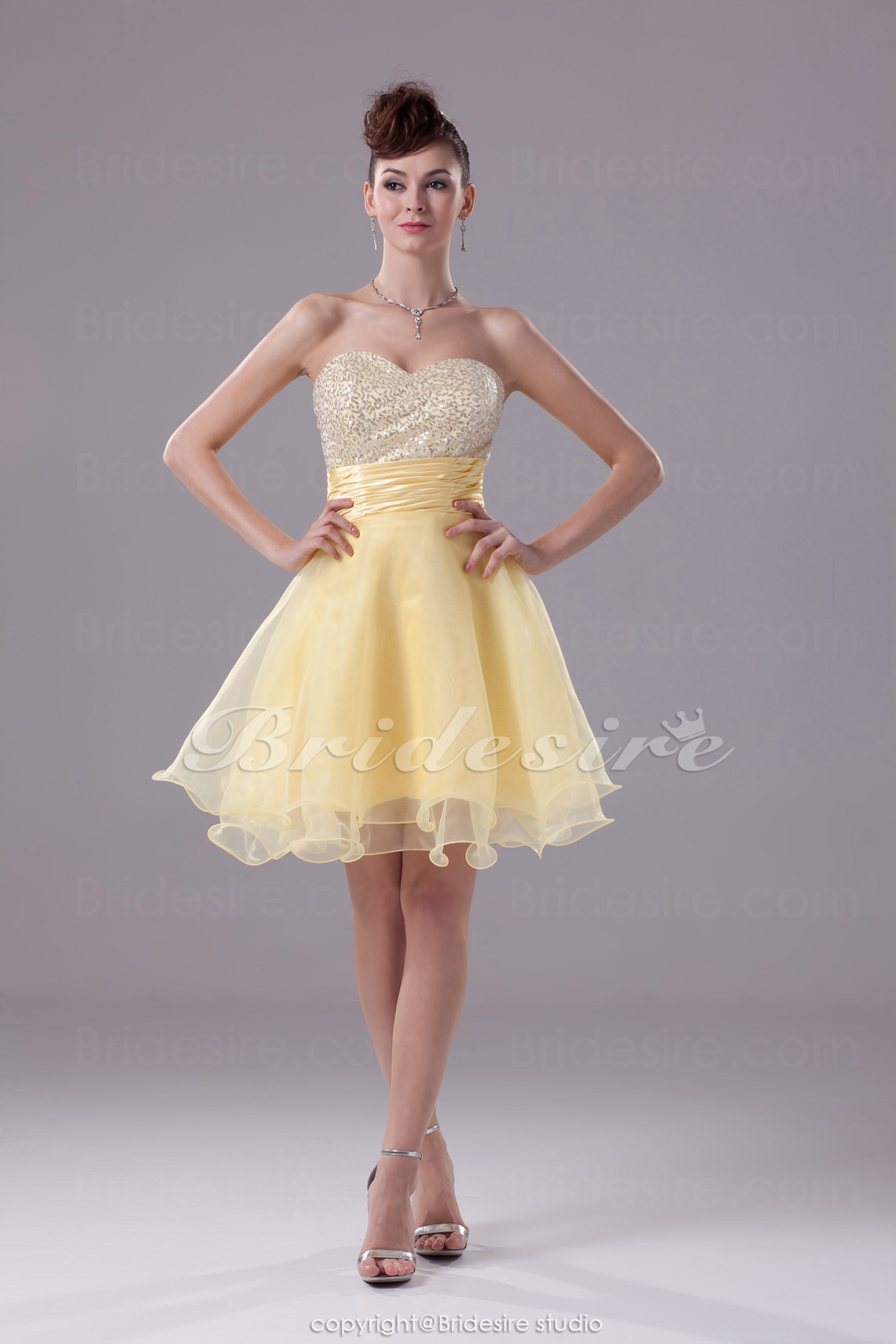 A-line Sweetheart Short/Mini Sleeveless Sequined Stretch Satin Organza Dress