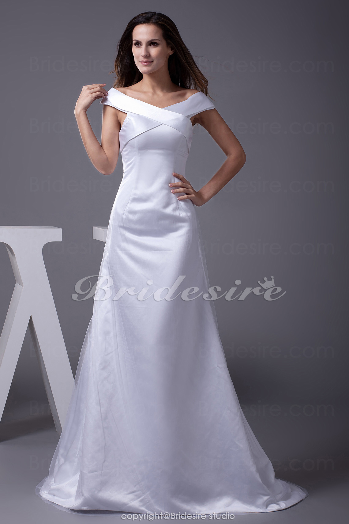 A-line Off-the-shoulder Sweep/Brush Train Sleeveless Satin Tulle Wedding Dress